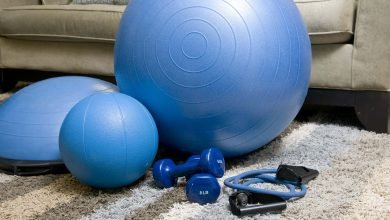 8 semplici esercizi da fare a casa per mantenersi in forma